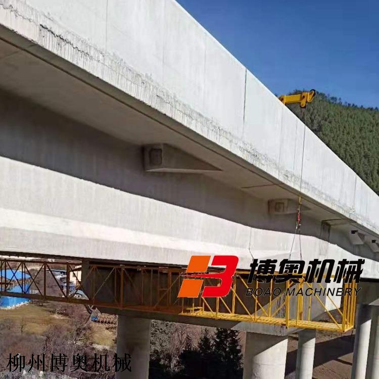 高速路桥梁底施工平台